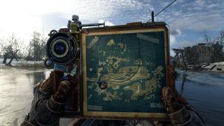 Artyom consulte sa carte du niveau avec des lieux d'intérêts marqués dessus.