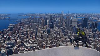 Spider-Man perché en haut d'un gratte-ciel observe Manhattan et toutes ses rues.